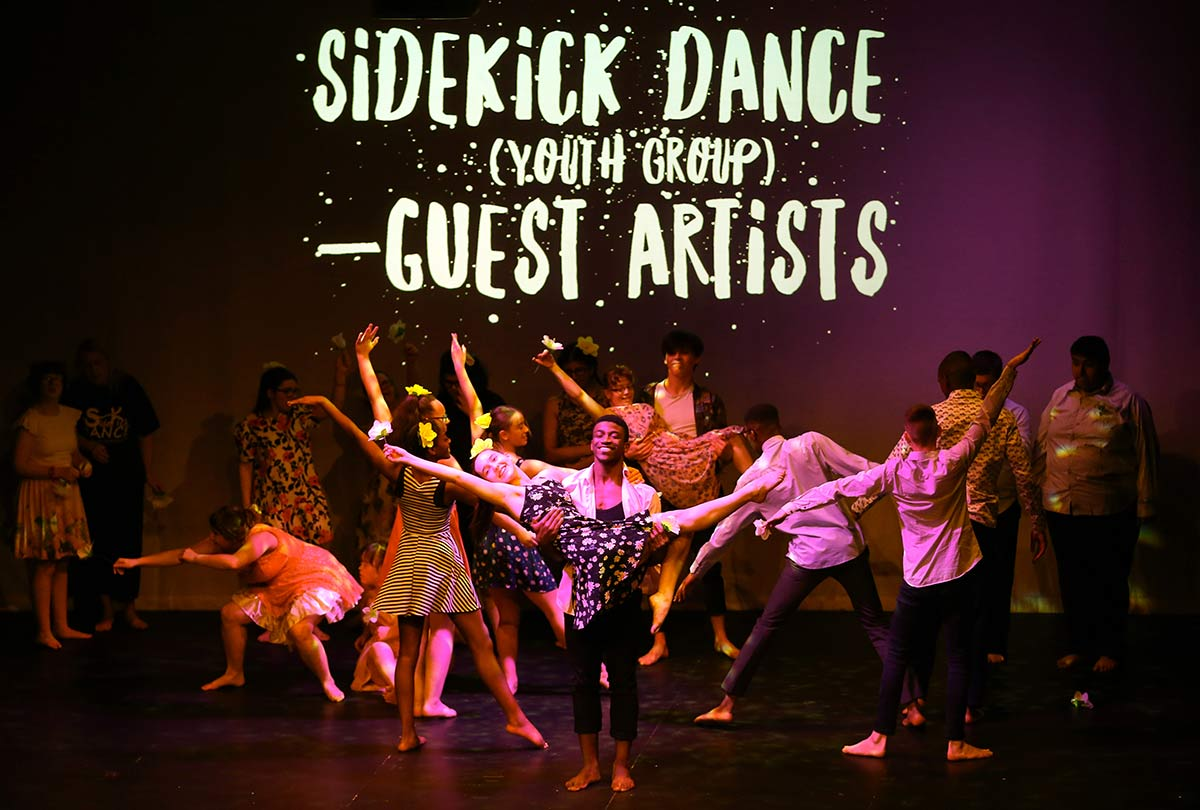 Sidekick dance Photo
